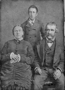 David Lindsay with his parents